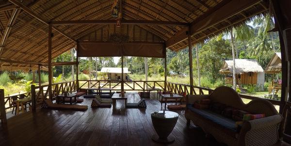koh-chang-bungalows-resort-for-sale-restaurant-interior