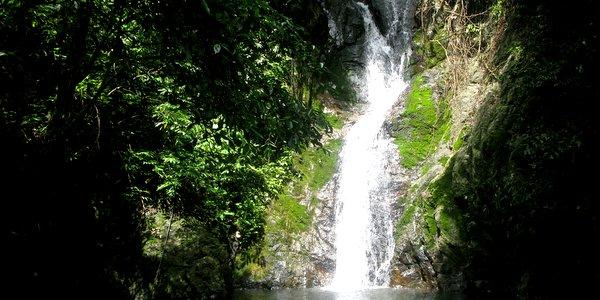 kai-bae-waterfall-koh-chang